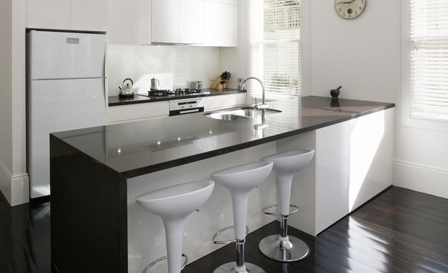 Encimeras de cocina silestone madrid fabricantes e for Marmol color negro brasil